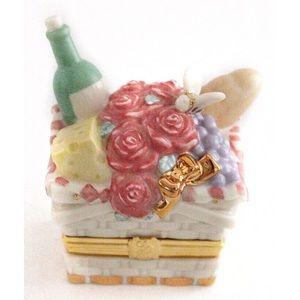 NIB Lenox Treasures Summer Delight treasure box